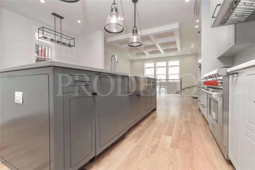 Modern Shaker Style Kitchen Cabinet